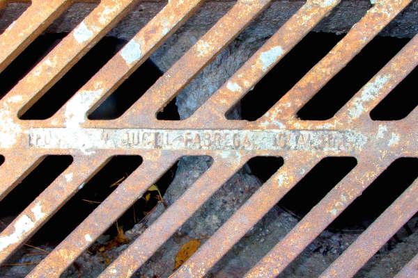 Hipernet, Neteja de canals i arquetes a Badalona