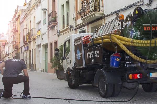 Hipernet, servei d'urgències de desembussos a Badalona